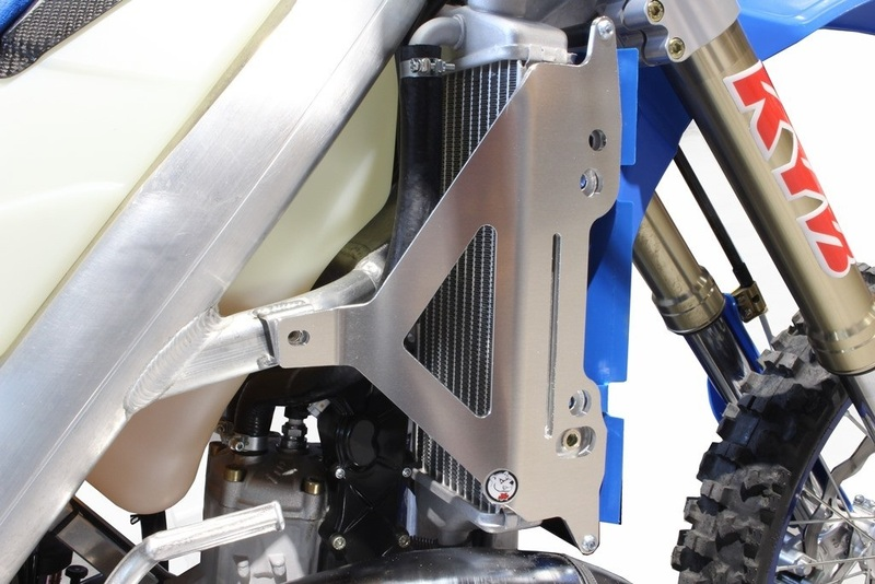 Protection de radiateur AXP aluminium - TM