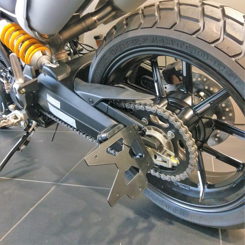 Support de plaque ACCESS DESIGN latéral noir Ducati Scrambler 1100