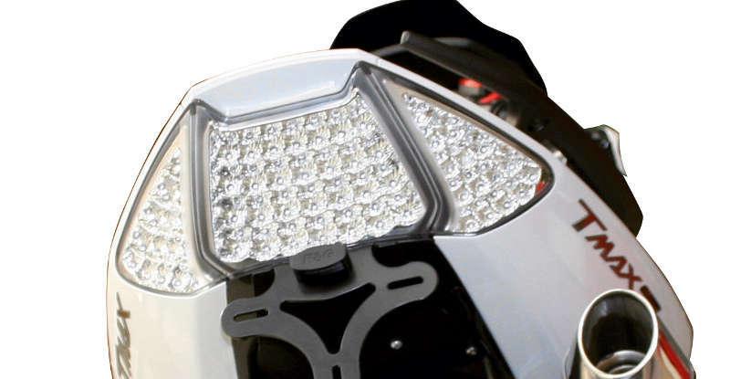Feu arrière avec clignotants intégrés V PARTS LED Yamaha T-MAX 500