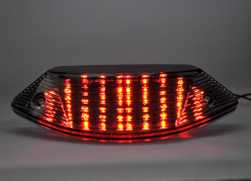 Feu arrière BIHR LED avec clignotants intégrés HONDA 600/900