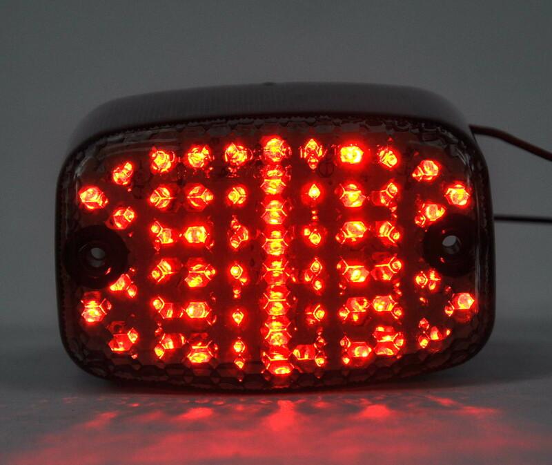Feu arrière BIHR LED avec clignotants intégrés Yamaha V-MAX 1200