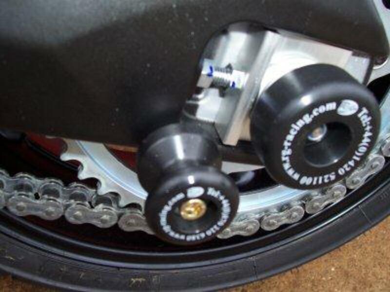 Protection de bras oscillant R&G RACING pour FZ1 1000 Fazer '06
