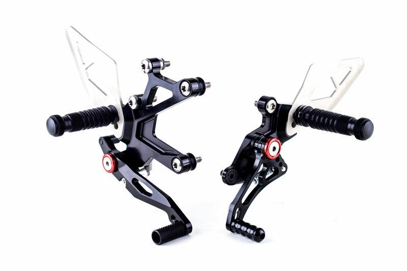 Commandes reculées GILLES TOOLING FXR noir Kawasaki Ninja 400