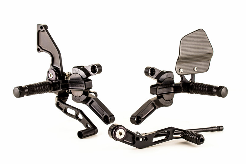 Commandes reculées ajustables GILLES TOOLING VCR38GT noir Honda CB1000R