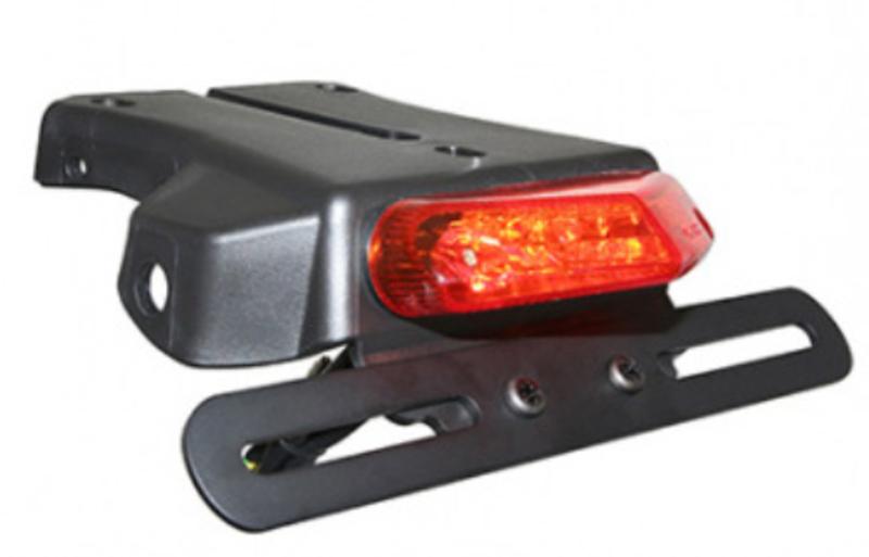 Feu arrière V PARTS LED + support de plaque type bavette