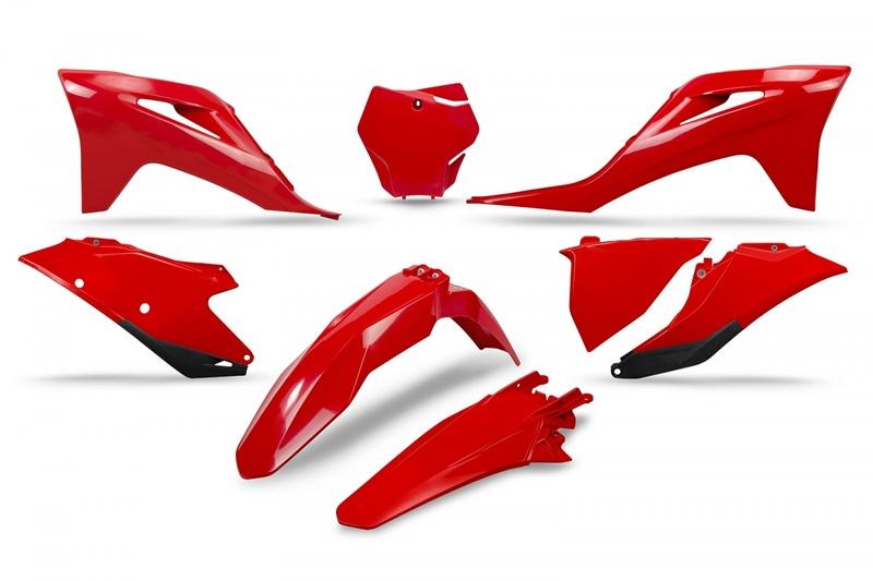 Kit plastiques UFO rouge Gas Gas